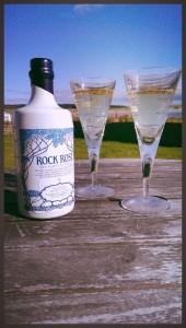 Rock Rose Gin serve