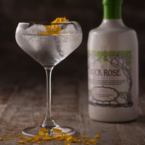 Rock Rose Gin Spring Edition - Perfect Serve