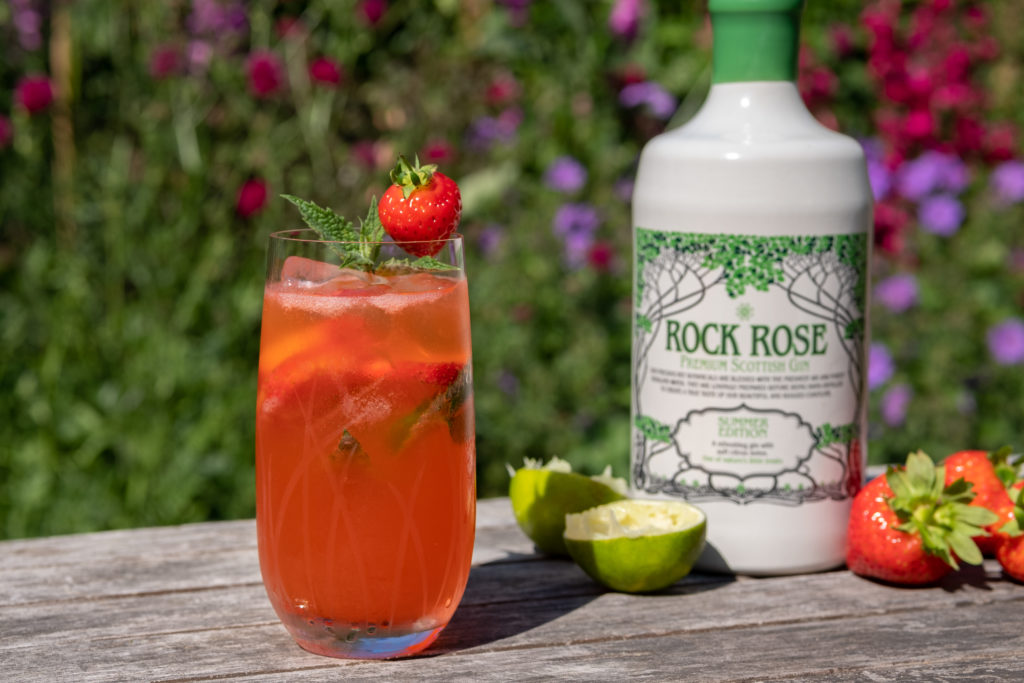 Strawberry and Lime Gin Smash